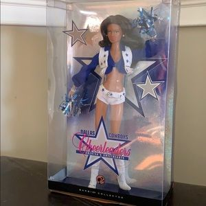 ‼️‼️unopened‼️‼️Dallas cowboy barbie